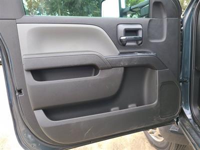 2019 Chevrolet Silverado 5500 Regular Cab DRW RWD, Cab Chassis #M611577 - photo 7
