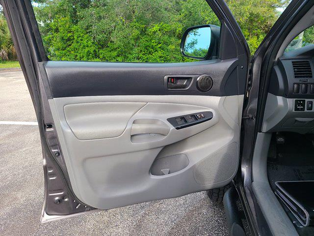 2015 Toyota Tacoma Double Cab 4x2, Pickup #M66788A - photo 17