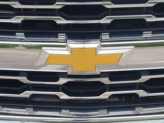 2016 Chevrolet Silverado 1500 Double Cab 4x4, Pickup #M68932A - photo 12
