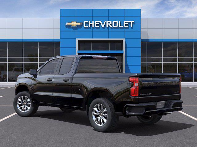 2021 Chevrolet Silverado 1500 Double Cab 4x2, Pickup #M70444 - photo 4