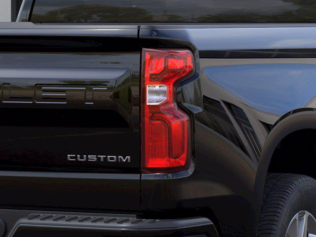 2021 Chevrolet Silverado 1500 Double Cab 4x2, Pickup #M70444 - photo 9