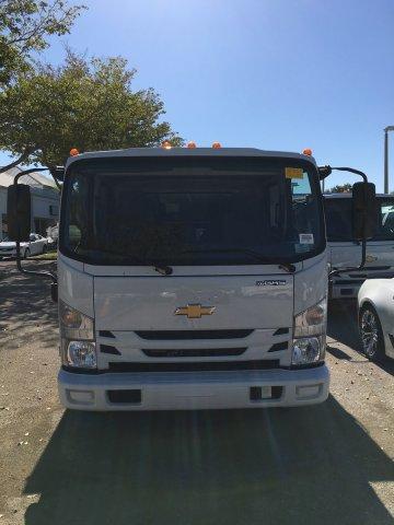 2019 LCF 3500 Crew Cab 4x2,  MC Ventures Landscape Dump #M804331 - photo 3