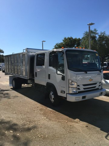 2019 LCF 3500 Crew Cab 4x2,  MC Ventures Landscape Dump #M804331 - photo 4