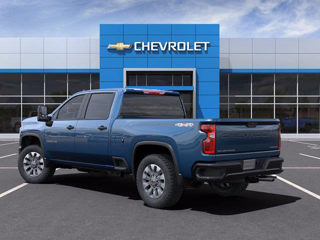 2021 Chevrolet Silverado 2500 Crew Cab 4x4, Pickup #M88298 - photo 4