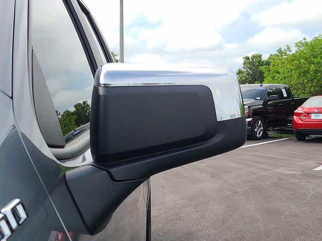 2019 Chevrolet Silverado 1500 Double Cab 4x2, Pickup #M88300A - photo 14