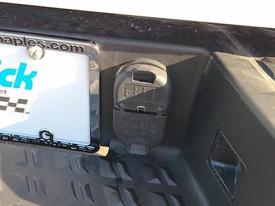2020 Nissan Titan Crew Cab 4x2, Pickup #M91305B - photo 57