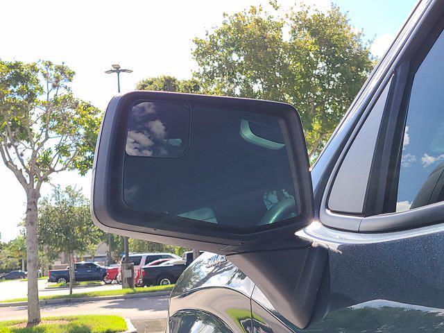 2020 Chevrolet Silverado 1500 Crew Cab 4x2, Pickup #M93972A - photo 16