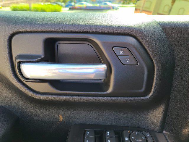 2020 Chevrolet Silverado 1500 Crew Cab 4x2, Pickup #M93972A - photo 19