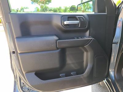 2020 Chevrolet Silverado 1500 Crew Cab 4x2, Pickup #M93972A - photo 17