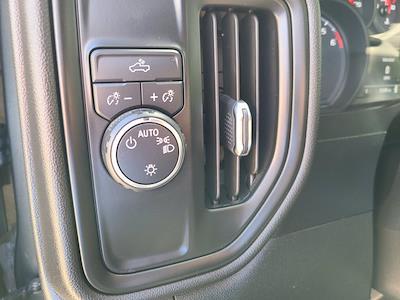 2020 Chevrolet Silverado 1500 Crew Cab 4x2, Pickup #M93972A - photo 25