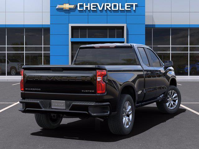 2021 Chevrolet Silverado 1500 Double Cab 4x2, Pickup #M96567 - photo 2
