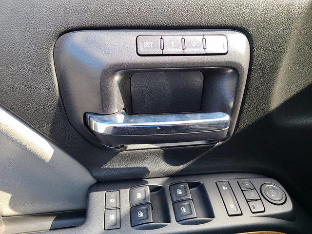 2015 Chevrolet Silverado 1500 Crew Cab 4x4, Pickup #M96567A - photo 20