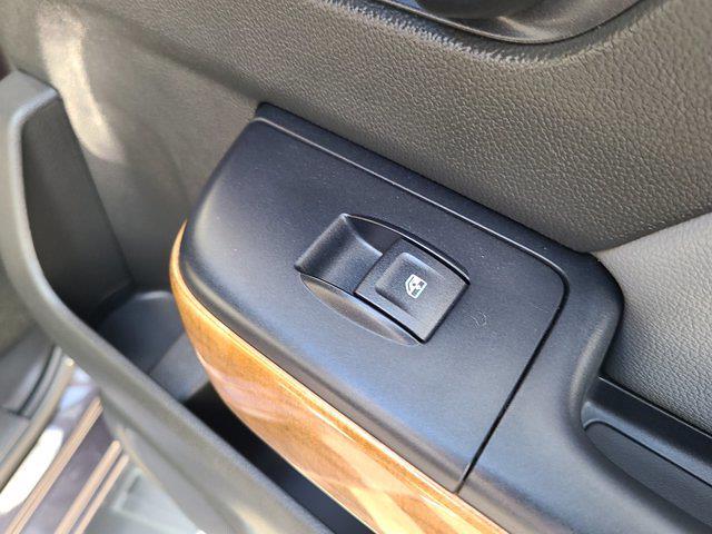 2015 Chevrolet Silverado 1500 Crew Cab 4x4, Pickup #M96567A - photo 71