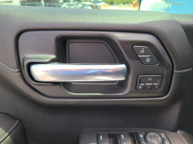 2020 Chevrolet Silverado 1500 Crew Cab 4x4, Pickup #M97386A - photo 20