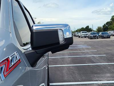 2020 Chevrolet Silverado 1500 Crew Cab 4x4, Pickup #M97386A - photo 16
