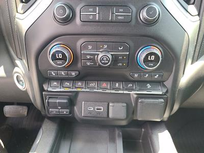 2020 Chevrolet Silverado 1500 Crew Cab 4x4, Pickup #M97386A - photo 37