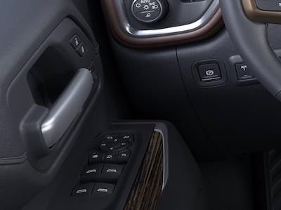 2021 Chevrolet Silverado 2500 Crew Cab 4x4, Pickup #M98646 - photo 19