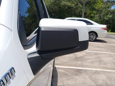 2020 Chevrolet Silverado 1500 Double Cab 4x4, Pickup #M98902A - photo 13