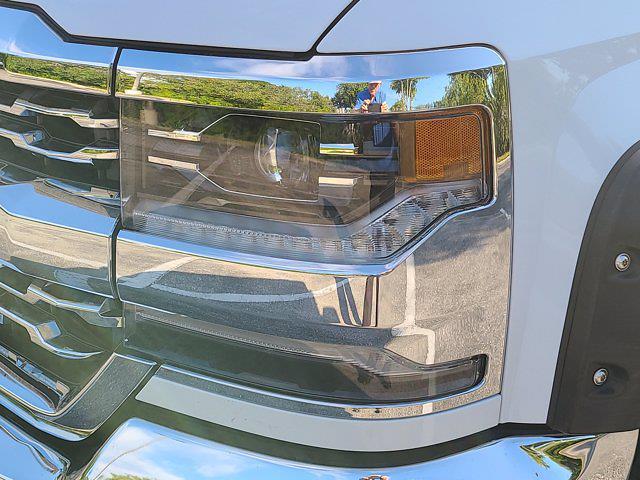 2018 Chevrolet Silverado 1500 Double Cab 4x4, Pickup #P2973 - photo 13