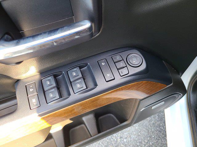 2018 Chevrolet Silverado 1500 Double Cab 4x4, Pickup #P2973 - photo 20