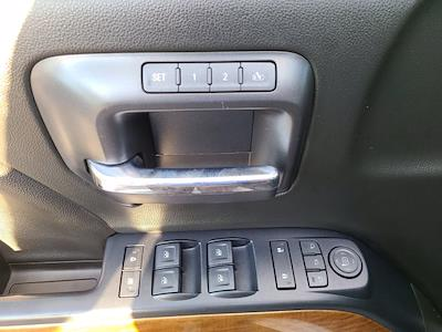 2018 Chevrolet Silverado 1500 Double Cab 4x4, Pickup #P2973 - photo 19