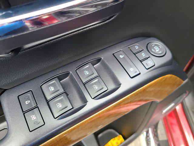 2015 Chevrolet Silverado 2500 Crew Cab 4x4, Pickup #P2982 - photo 18