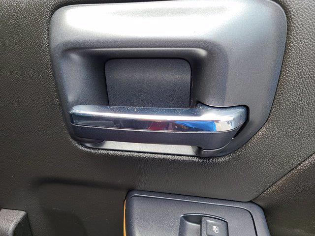2015 Chevrolet Silverado 2500 Crew Cab 4x4, Pickup #P2982 - photo 62