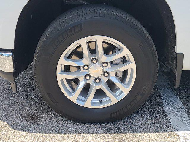 2020 Chevrolet Silverado 1500 Double Cab 4x4, Pickup #M10465A - photo 10