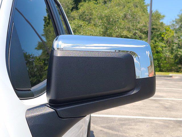 2020 Chevrolet Silverado 1500 Double Cab 4x4, Pickup #M10465A - photo 15