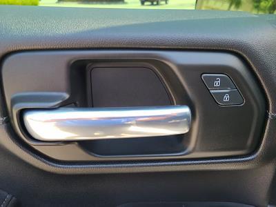 2020 Chevrolet Silverado 1500 Double Cab 4x4, Pickup #M10465A - photo 19