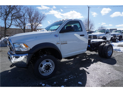 2017 Ram 5500 Regular Cab DRW 4x4,  Cab Chassis #M170676 - photo 3