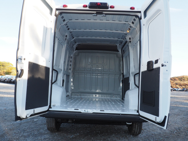 2019 ProMaster 1500 High Roof FWD,  Empty Cargo Van #M190354 - photo 2