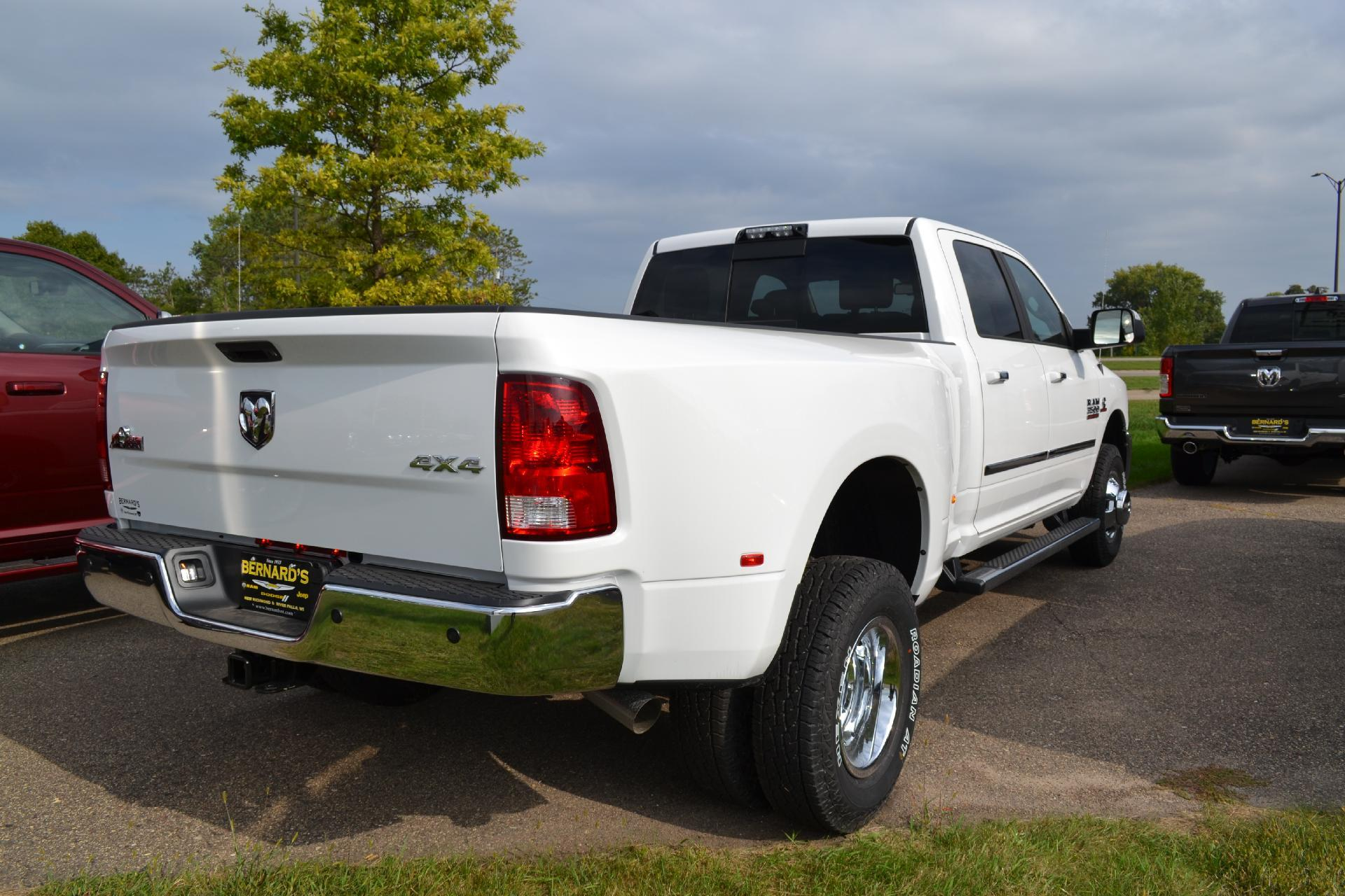 2018 Ram 3500 Crew Cab DRW 4x4,  Pickup #18-865 - photo 9