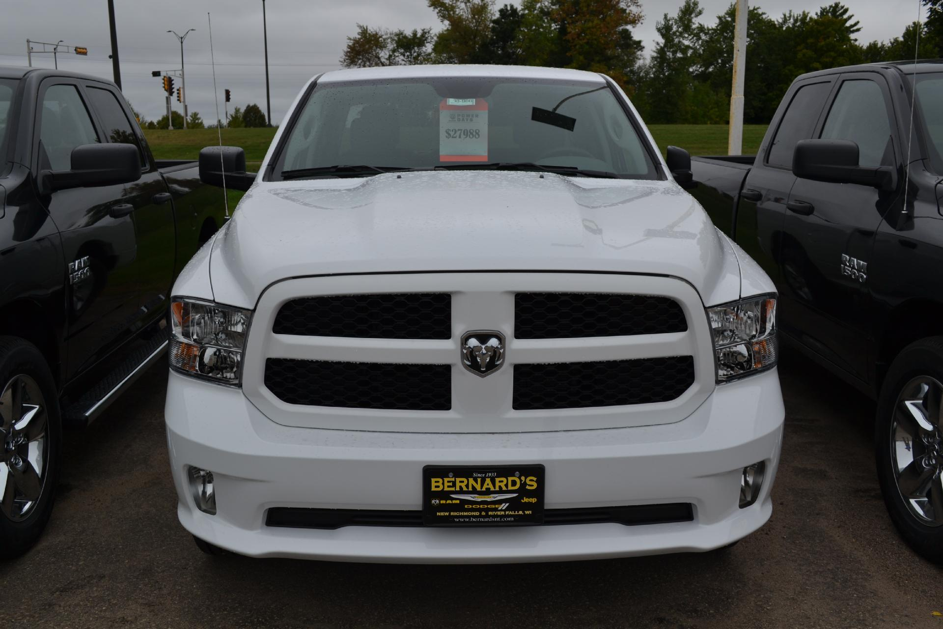 2018 Ram 1500 Quad Cab 4x4,  Pickup #18-986 - photo 4