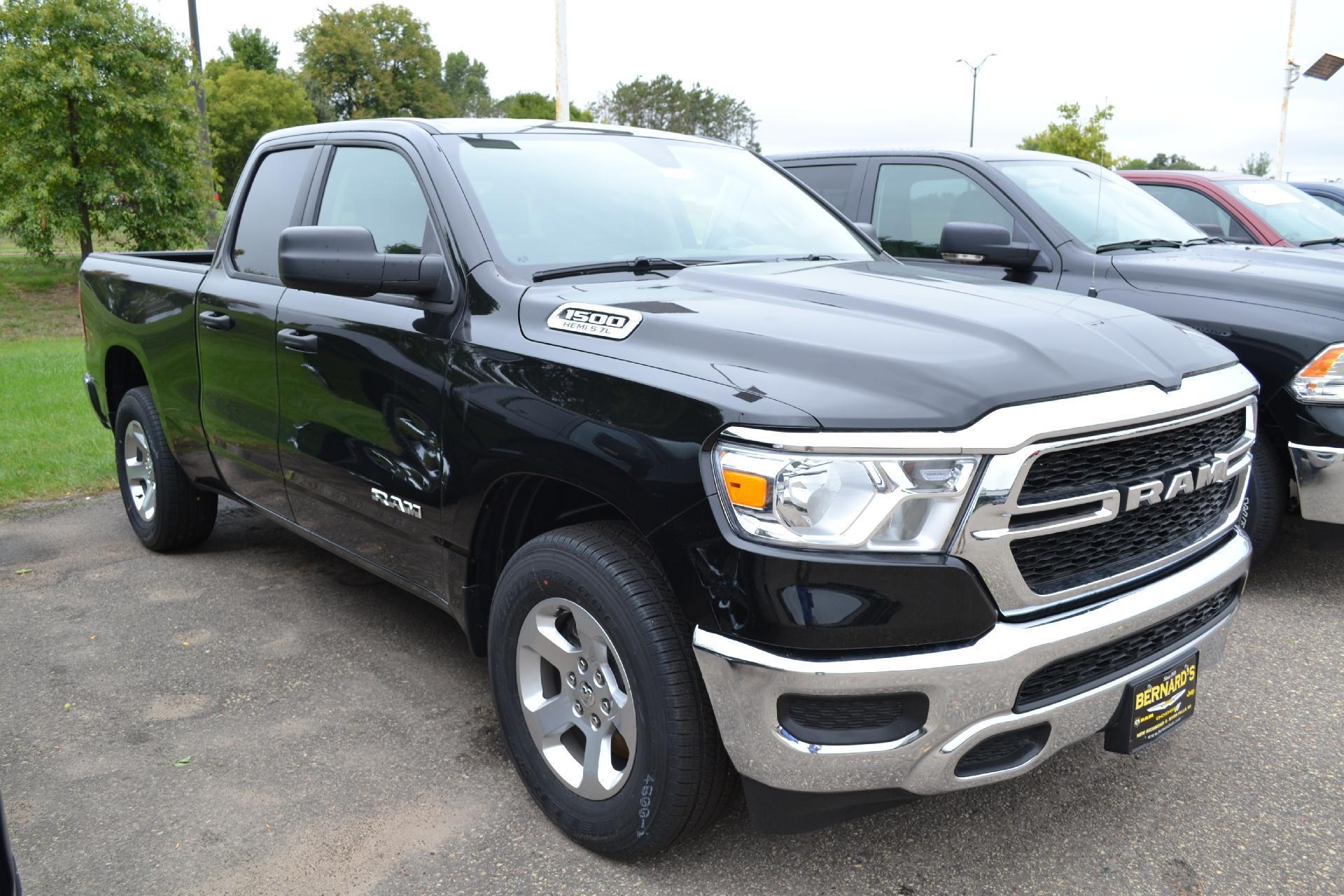 2019 Ram 1500 Quad Cab 4x4,  Pickup #19-077 - photo 3