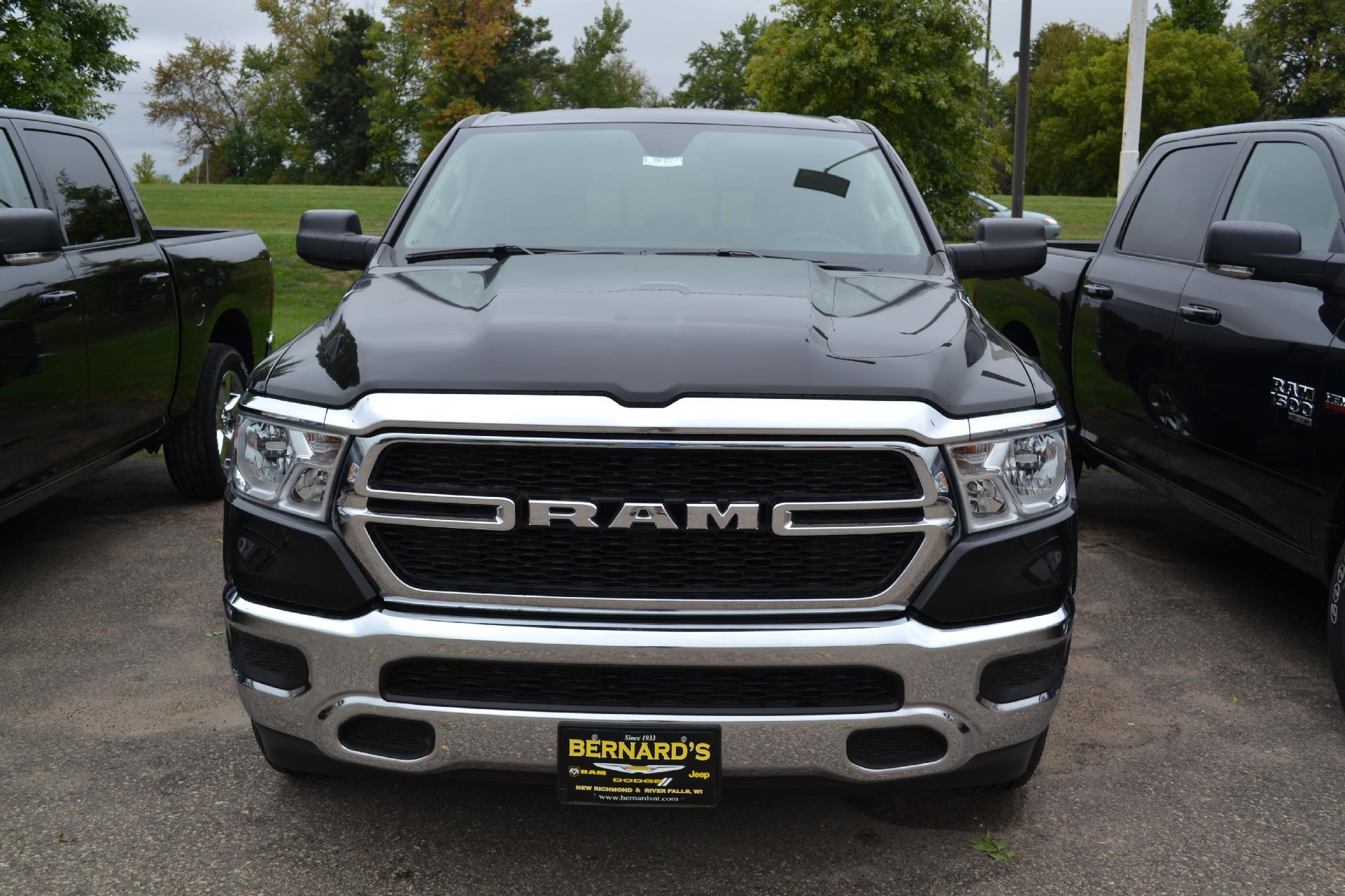 2019 Ram 1500 Quad Cab 4x4,  Pickup #19-077 - photo 4