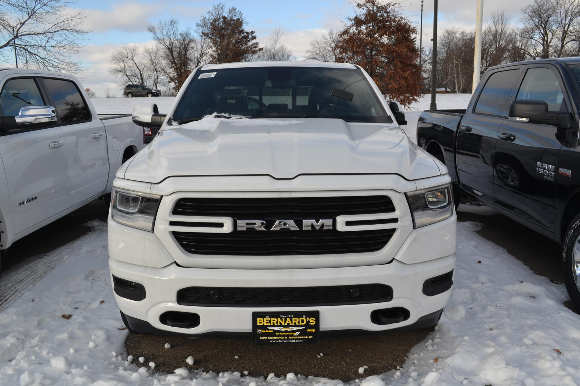 2019 Ram 1500 Crew Cab 4x4,  Pickup #19-323 - photo 5