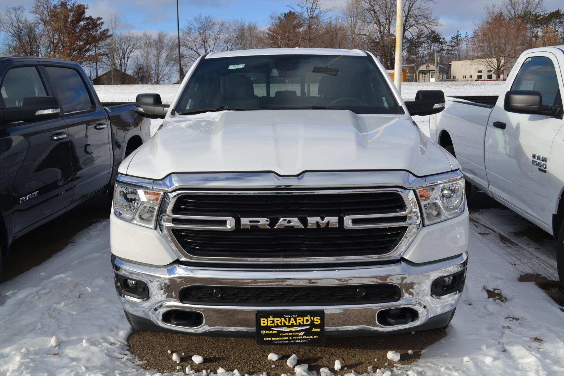 2019 Ram 1500 Crew Cab 4x4,  Pickup #19-373 - photo 4