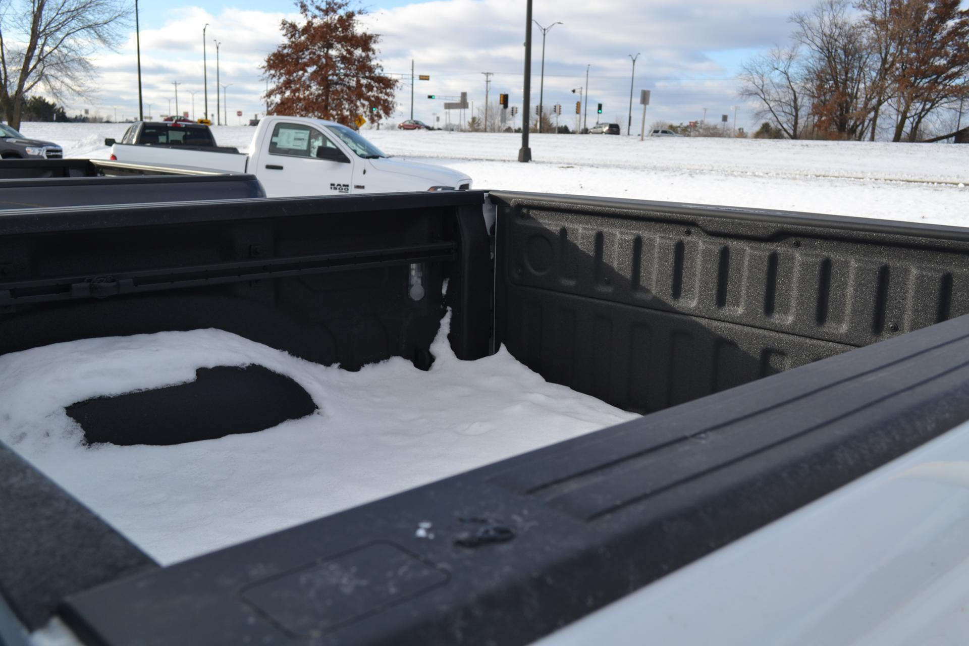 2019 Ram 1500 Crew Cab 4x4,  Pickup #19-373 - photo 6