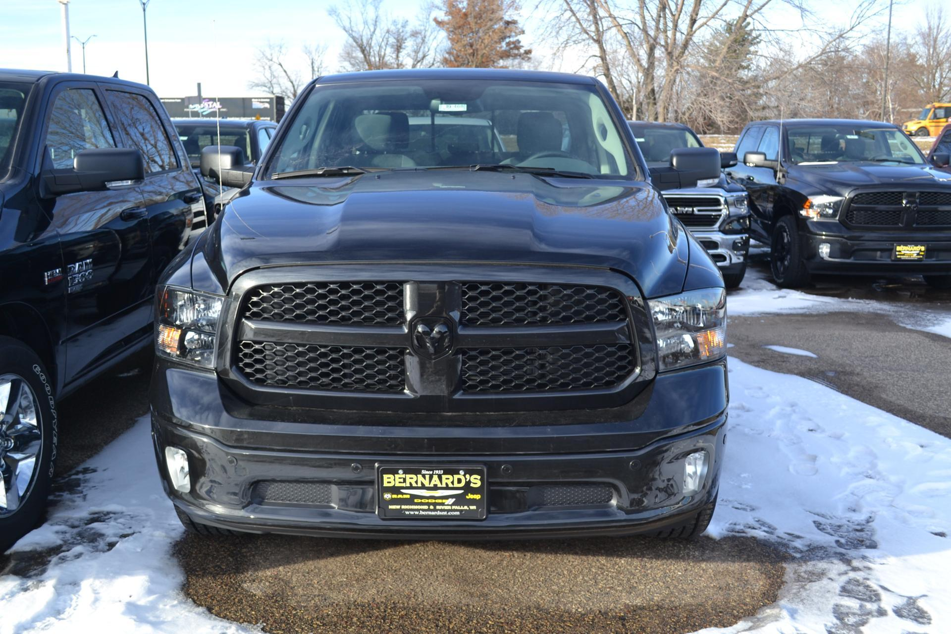 2019 Ram 1500 Crew Cab 4x4,  Pickup #19-468 - photo 3