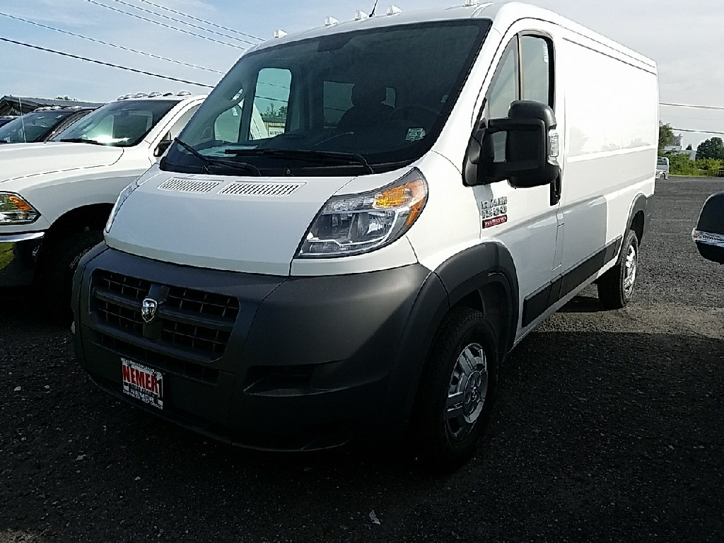 2017 ProMaster 1500 Low Roof Cargo Van #17403 - photo 5