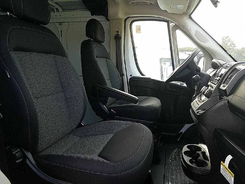 2017 ProMaster 1500 Low Roof Cargo Van #17403 - photo 7