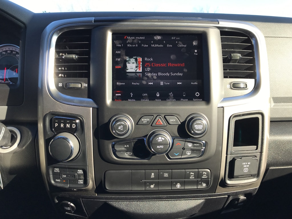 2018 Ram 1500 Crew Cab 4x4 Pickup #176414 - photo 12
