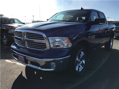 2018 Ram 1500 Crew Cab 4x4 Pickup #176414 - photo 15