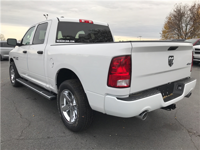 2018 Ram 1500 Crew Cab 4x4 Pickup #18036 - photo 6