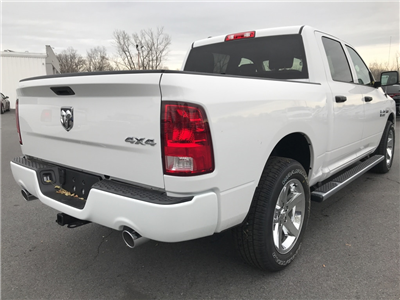 2018 Ram 1500 Crew Cab 4x4 Pickup #18036 - photo 2