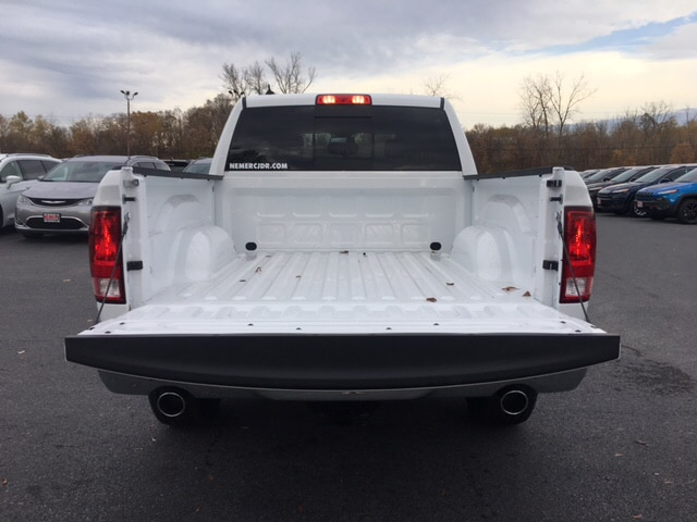 2018 Ram 1500 Crew Cab 4x4, Pickup #18067 - photo 10