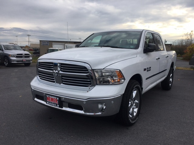 2018 Ram 1500 Crew Cab 4x4, Pickup #18067 - photo 4