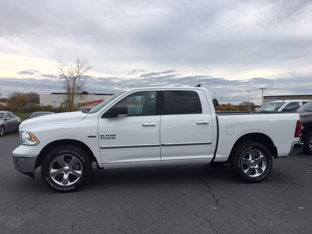 2018 Ram 1500 Crew Cab 4x4, Pickup #18067 - photo 5