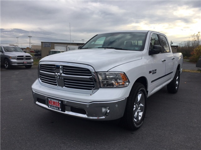 2018 Ram 1500 Crew Cab 4x4 Pickup #18067 - photo 4
